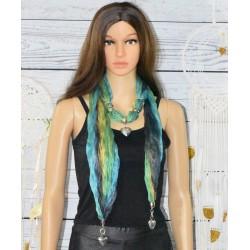 Foulard bijoux, coloré, pendentif coeur,