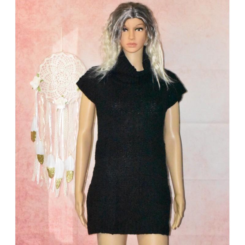 Tunique noire, en laine,