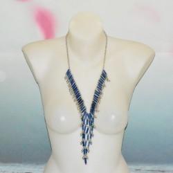 Long collier métal, forme pointe