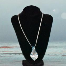 Collier pendentif en verre