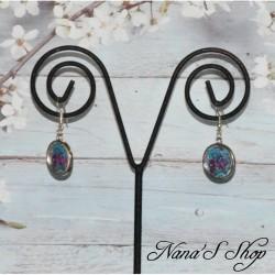 Boucles d'oreilles cabochons colorées, fleuris.