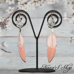 Boucles d'oreilles fleur, plumes corail