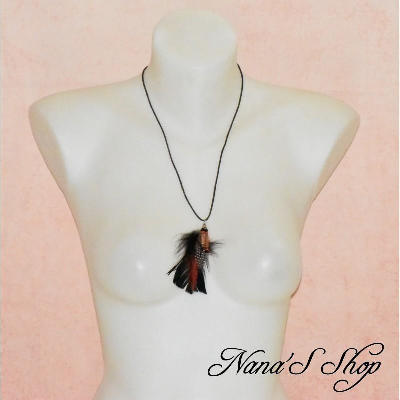 Collier cordon, pendentif plumes, noir et rouge